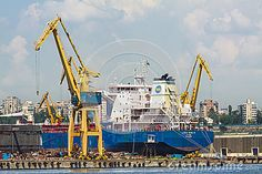 Freighter Ship And Cranes - Download From Over 24 Million High Quality Stock Photos, Images, Vectors. Sign up for FREE today. Image: 41337180