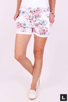 Teplákové šortky dámske margarétka Gym Shorts Womens, Fashion, Moda, Fashion Styles, Fashion Illustrations