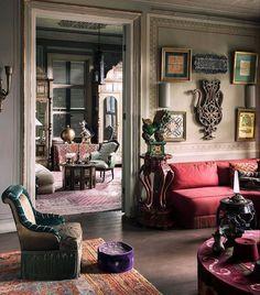 Oversized Mirror, Living Room Lounge, Beautiful Interiors, Furniture, Home Decor, Antiques, Vintage, Instagram, Design
