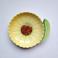 Vintage Art Deco Carlton Ware sunflower pottery dish by GalabeerandtheDog on Etsy