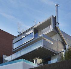 #Balcon #moderno #casas via @planreforma #fachada