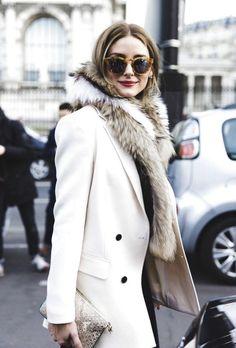 trouver son style vestimentaire, look stylé et élégant pour femme, manteau  blanc avec boutons 2481ae8d352