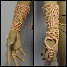 Crochet gloves by NILLUXBEACHWEAR on Etsy, $26.00