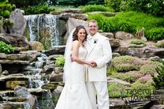 Waterfall wedding at Frederik Meijer Gardens. (Photo by Tiberius Images)