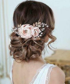 Wedding Hair Brunette, Wavy Wedding Hair, Elegant Wedding Hair, Bridal Hair Updo, Bridal Hair Flowers, Wedding Updo, Prom Updo, Dress Wedding, Floral Wedding