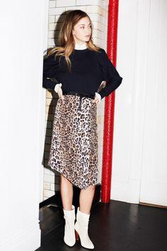 Joie  #VogueRussia #readytowear #rtw #fallwinter2018 #Joie #VogueCollections