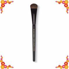 🎉HP🎉 🆕 Lancôme #22  shadow brush 💙NIB Lancôme #22 all over shadow brush. 💟 bundle to save! 💟NO TRADES. Price FIRM unless bundled. Lancome Makeup Brushes & Tools