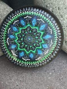 Mandala sobre piedra de obsidiana