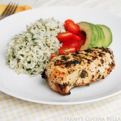 Cilantro Lime Chicken and Rice. Cilantro Lime Chicken and Rice with Avocado and Tomatoes. Healthy Chicken Recipes, Turkey Recipes, Cooking Recipes, Healthy Dishes, Fish Recipes, Healthy Meals, Healthy Food, Cilantro Lime Chicken, Cilantro Rice