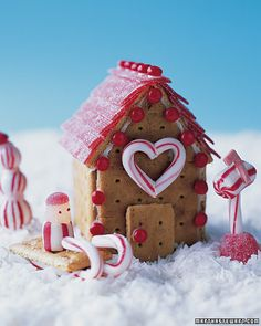 "Peppermint Place Cookie Cottage - cute graham cracker ""gingerbread"" houses on Martha Stewart; there are pics of some other cute ideas. Use chocolate graham crackers! Kids Crafts, Christmas Crafts For Kids, Christmas Activities, Christmas Fun, Holiday Crafts, Holiday Fun, Christmas Decorations, Favorite Holiday, Xmas"