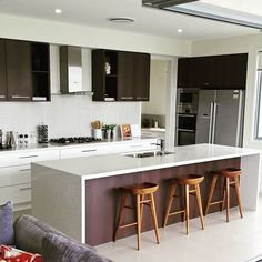 Look at this kitchen! A kitchen like this sells homes. #pelicanwaters #ausmar #ausmarhomes #beautifulkitchen by andrewrobilliard Great kitchen remodeling ideas