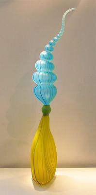 macdonell-articulated-bulb-lyb.jpg