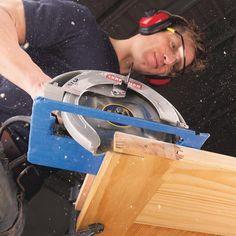 The 100 Handiest Shop Tips | Family Handyman Learn Woodworking, Woodworking Techniques, Woodworking Projects, Handyman Projects, Circular Saw Reviews, Best Circular Saw, Diy Home Repair, Diy Garage, Garage Shop