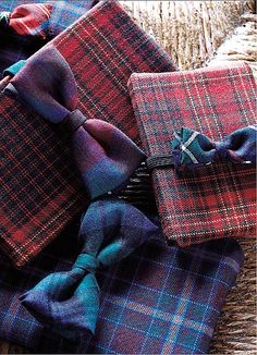 Gifts wrapped with Tartan. Love this.