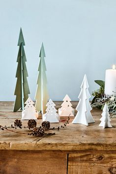 It's Christmas time // Tealights and decoration by Søstrene Grenes // Explore the new collection in the Christmas Catalogue 2016