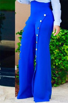 These bright electric blue hot pants are super flattering thanks to the wide legs and a must in any closet. We love the shiny metal button detail that runs down the legs. Fall Outfits, Cute Outfits, Fashion Outfits, Womens Fashion, Fashion Trends, Fashion Ideas, Chiffon Pants, Leather Pants, Plaid Pants