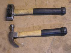 Handle grip using inner tube Garage Tools, Garage Shop, Recycled Bike Parts, Carpentry Tools, Tool Shop, Building Furniture, Creative Things, Survival Prepping, Diy Stuff