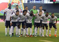 @FCF La Selección #Colombia, con su nueva equipación blanca, lista para la Copa América Centenario #9ine