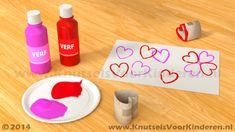 Hartjes stempel van wc rol - Knutsels Voor Kinderen - Leuke Ideeën om te Knutselen met Duidelijke Uitleg Diy For Kids, Crafts For Kids, Diy Crafts, Educational Games For Kids, Toilet Paper Roll, Valentines Diy, Kids And Parenting, Classroom, Kids Rugs