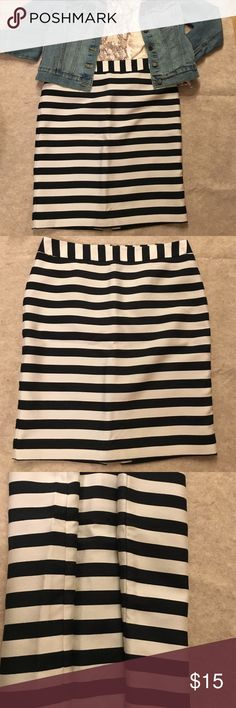 """Black-cream strip pencil skirt NWOT, never worn, too big for me (lost weight), modern classic chic, closet stable, good for office and casual outfits, 2 side seam strip all lined up beautifully (see 3rd pic), waist 16"""", length 22"""", shell 60% rayon, 27% polyester, 13% nylon, fully lined 100% polyester Worthington Skirts Pencil"""