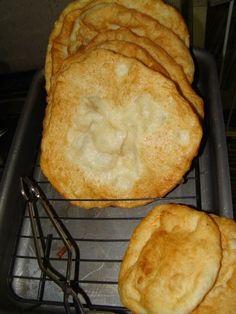 Lángos :: Ami a konyhámból kikerül Dessert Recipes, Food And Drink, Pizza, Bread, Baking, Cake, Kitchen, Hampers, Historia