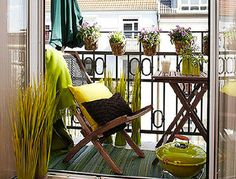 Find out how to make the best use of your tiny balcony with these inspirational small balcony furniture ideas. Narrow Balcony, Condo Balcony, Small Balcony Design, Tiny Balcony, Small Balcony Decor, Small Outdoor Spaces, Apartment Balcony Decorating, Apartment Balconies, Outdoor Seating Areas
