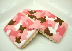 Pink Camouflage Cookies