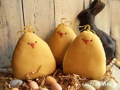 Primitive Chubby Baby Chick Bowl Fillers
