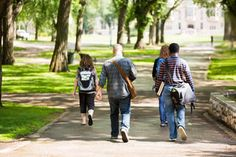 How to Plan a College Visit: A Parent's Guide
