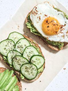 Avocado Toasts | Tartines à l'avocat - PROJET PASTEL