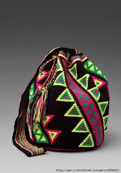 Worki mochilla i wayuu Crochet Chart, Crochet Stitches, Knit Crochet, Crochet Handbags, Crochet Purses, Crochet Bags, Mochila Tutorial, Mochila Crochet, Tapestry Crochet Patterns