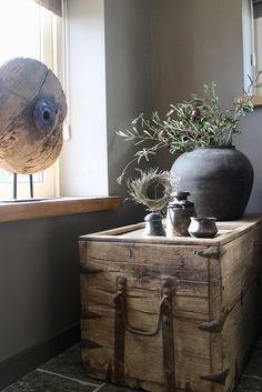 Look inside Geeske -, Home Accessories, Ancient chinese coffin jug ornament. Wabi Sabi, Cosy Interior, Interior Design, Rustic Chic, Rustic Decor, Big Vases, Rustic Interiors, Cottage Chic, Beautiful Interiors