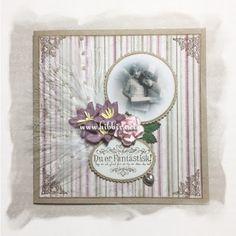 Kort i kraftkartong og Maja papir, pyntet med fjør, blomster, perlestrå, charms, blader, bilde og tekst fra Stempelglede           Det ne...