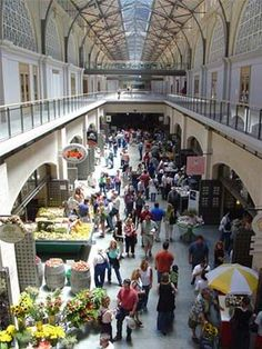 San Francisco Ferry Building ~ a foodie's paradise. Photo: CityProfile
