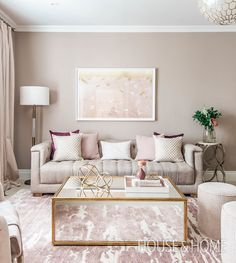 00 4 Tips To Create A Sophisticated Home Office Discover designer Hilary Ramsay's formula for a feminine space that looks sleek, not sweet. Glam Living Room, Formal Living Rooms, Interior Design Living Room, Living Room Designs, Feminine Living Rooms, Living Room Decor Gold, Beige And White Living Room, Kitchen Interior, Living Area