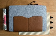 MacBook 13 AIR sleeveGrey Wool Felt with Brown by MrArtigiano