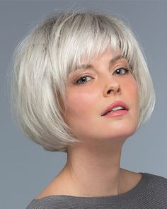 43 Cute Short Haircuts for Short Hair in 2019 - Style My Hairs Short Hair With Bangs, Short Hair With Layers, Short Hair Cuts, Short Hair Styles, Full Bangs, Layered Bob With Bangs, Bob Hair Cuts, Soft Bangs, Bobs For Thin Hair