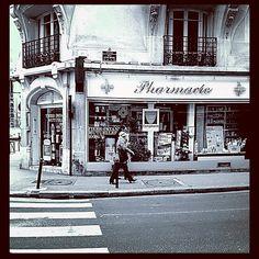 #walking #street #drugstore #pharmacie #streetlife #streetphotography #paris #france #igersparis #igersfrance #instagramhub #iphoneography  45 Likes on Instagram  8 Comments on Instagram:  jeffrenault: Tes photos sont de mieux en mieux :) Bravo !  ta http://parapharmacie-en-ligne.blogspot.co.at/2013/08/le-bien-etre-absolu-avec-viveo-la.html