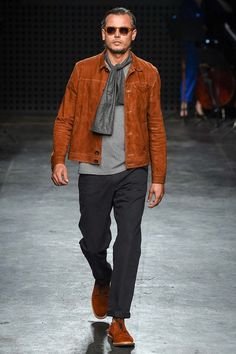 See the Oliver Spencer spring/summer 2016 menswear collection. Click through for full gallery