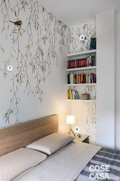 mt one bedroom apartment with enlarged bathroom and kitchen - Cose di Casa - two-room apartment, double bedroom with wooden headboard, naturalistic wallpaper, niche shelves, be - One Bedroom Apartment, Home Bedroom, Bedroom Decor, Style At Home, New Room, Small Apartments, Room Inspiration, Home Furnishings, Sweet Home