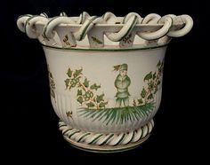 Site de l'atelier KRC, spécialisé dans la restauration de céramiques anciennes Restaurant, Planter Pots, Creations, Tableware, Terracotta, Restoration, Atelier, Dinnerware, Diner Restaurant