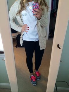 """I'm not into the whole """"GO PREPPY"""" thing, But, this would be cute to throw on for classes!"""