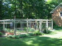 Teich Garden Systems - chicken coop and deer (and other creature) resistant garden area