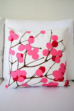 "Marimekko Lumimarja pillow cover in white & pink, 45x45cm (18x18"") 