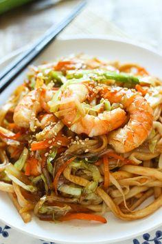 Stir-Fried Udon with Shrimp[680x1020] [OC] (MIC)