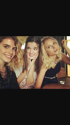 Chiara, Malena et Valentina New Disney Channel Shows, Spanish Tv Shows, Celebrity Stars, Son Luna, Disney Films, Best Tv Shows, American Actress, Fans, Bff