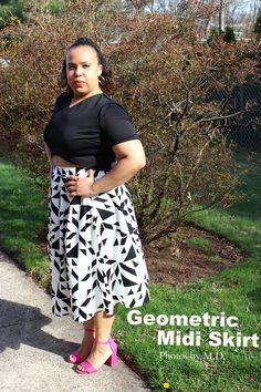 Geometric Midi Skirt. Black crop top. Asos. Black and white. Outfit inspiration. Plus size fashion blogger. Curvy fashion