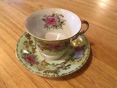 Vintage Royal Sealy Japan Green and Gold Carnation Cup and Saucer Wedding China, China Tea Cups, Tea Parties, Tea Cup Saucer, Carnations, Teacups, Green And Gold, Tea Time, Tea Pots