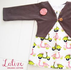 My favorite! You can wear this dress for baby girls on both sides. Combines lovely with the brown bolero. Made from organic cotton. Sizes: 62/ 68/ 74/ 80.