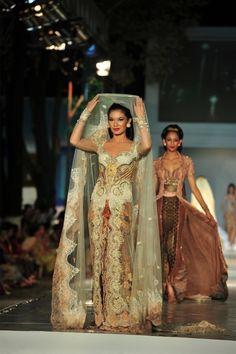 kebaya wedding dress - truly indonesian.